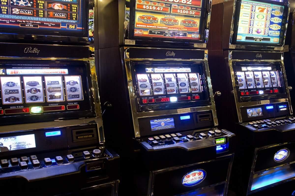 4 Mitos Umum Tentang Mesin Slot